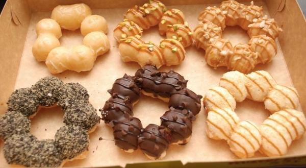 Mesin Pembuat Donut Bentuk Flower (listrik)